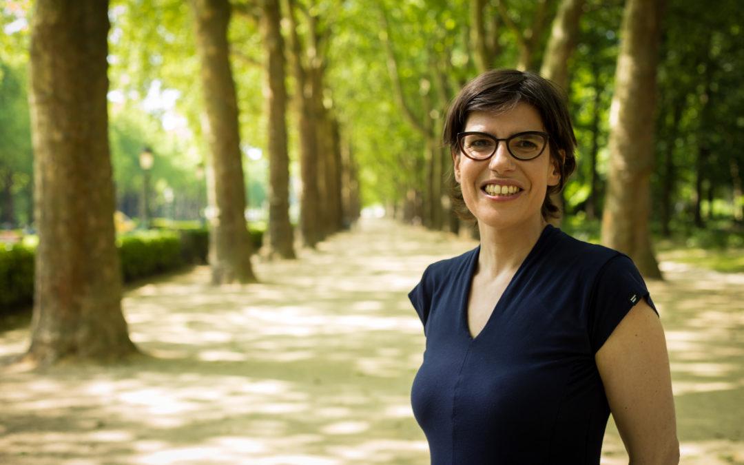 """""""In tegenstelling tot de LB zijn wij een echt tweetalig project"""" Tinne Van der Straeten in BRUZZ"""